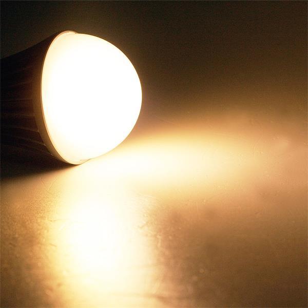 LED Marken-Leuchtmittel von Samsung mit 135° Abstrahlwinkel und 490lm