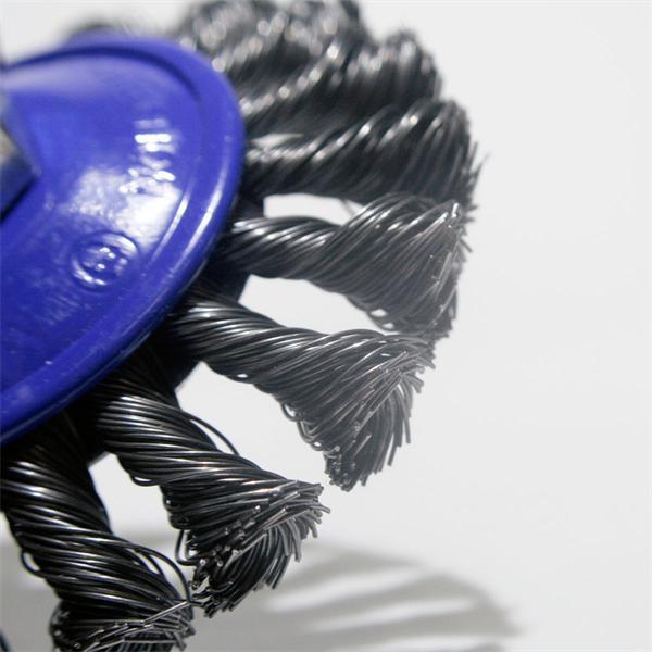 Scheibenbürste für Reinigungsarbeiten von Metall und Stein