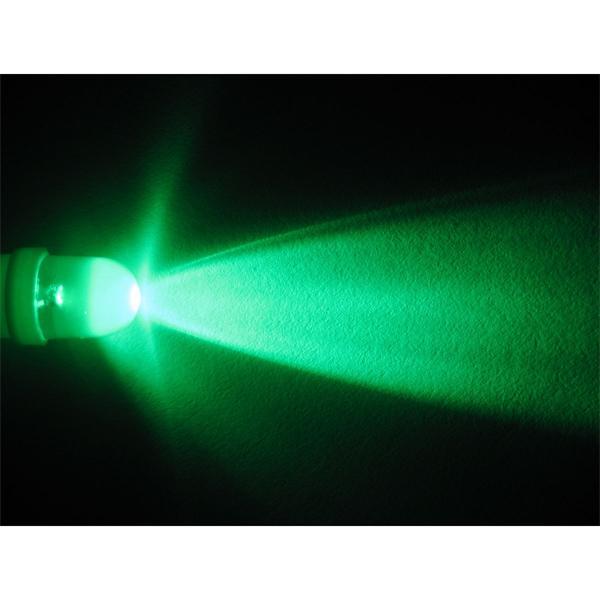 LED E10 Leuchtmittel für helle und moderne Optik in grün