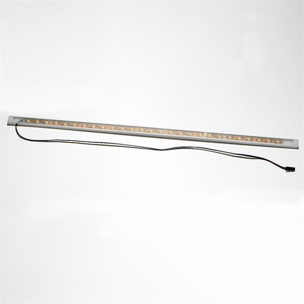 LED Unterbauleuchte im stylischen Aluminiumprofil und satinierter Abdeckung