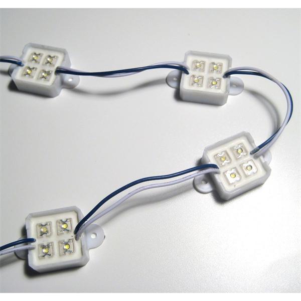 LED Lichtmodul aus Kunststoff mit vier fest vergossenen SuperFlux-LEDs