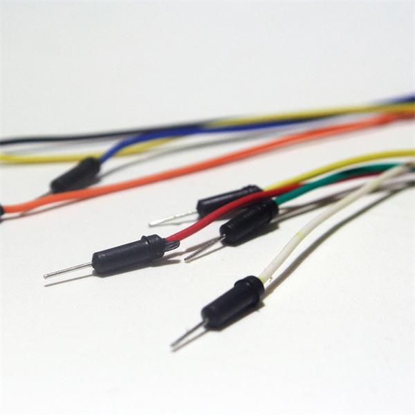farbig isoliert Steckverbinder für Laborsteckboards