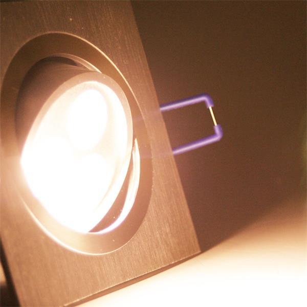 LED Einbauspot eckig mit unglaublichen 400lm Lichtstrom aus 3x 3W Hochleistungs-LEDs