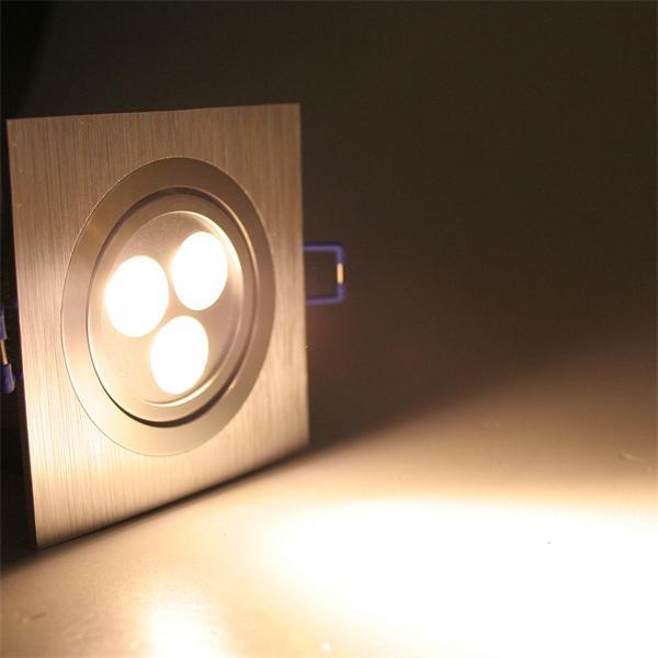 LED Einbauspot eckig mit 3x 2W Hochleistungs-LEDs und ca. 320lm Lichtstrom