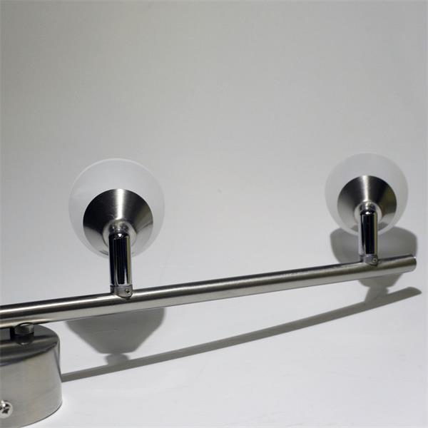 LED Spotleuchte mit warmweißen 3W LEDs mit 110 Lumen