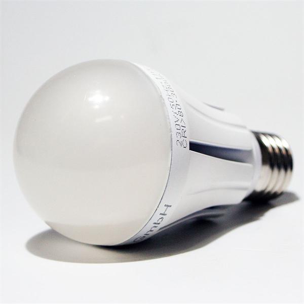 LED Energiesparlampe dimmbar mit dem Maß 60x115mm und Hochleistungs SMD LEDs Typ 5630