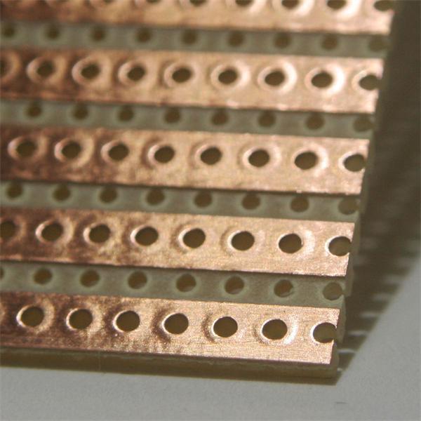Platine mit einzelnen Lötbahnen, ideal für Parallelschaltungen von LEDs