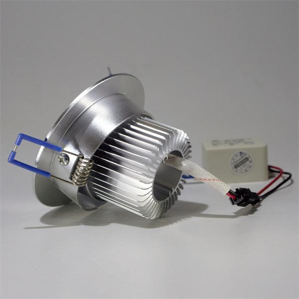 LED Einbaustrahler schwenkbar mit ca: 70mm Einbau-Ø und 55mm Einbau-Tiefe