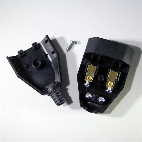 230V Steckverbinder mit Zugentlastung und Schraubklemmen
