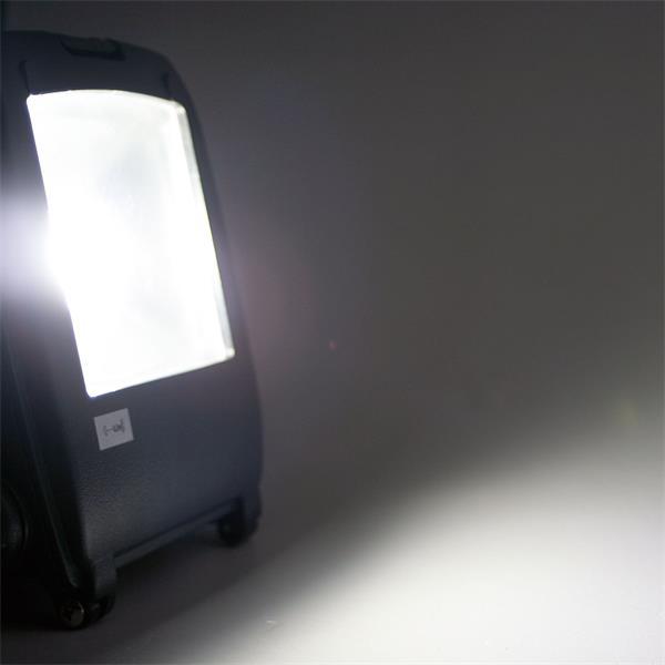 LED Flutlichtstrahler mit 10W LED MCOB (Multichip-Diode)