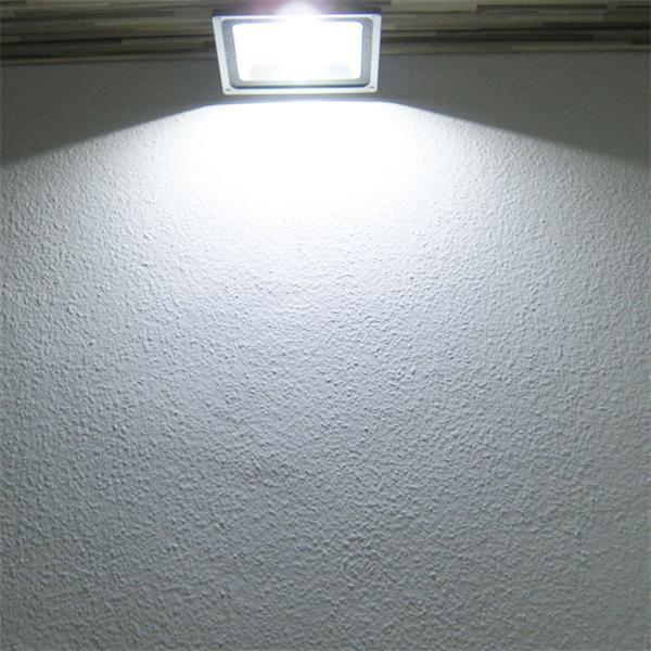 LED Außenstrahler mit 50W Highpower LED Chip