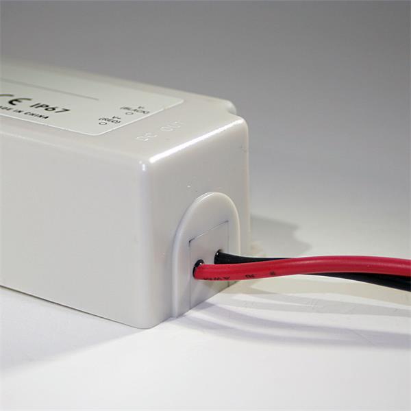 Trafo zur Versorgung von 12V LED Leuchtmitteln
