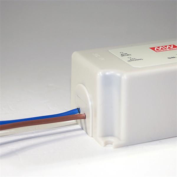 LED Transformator mit 230V Eingangsspannung