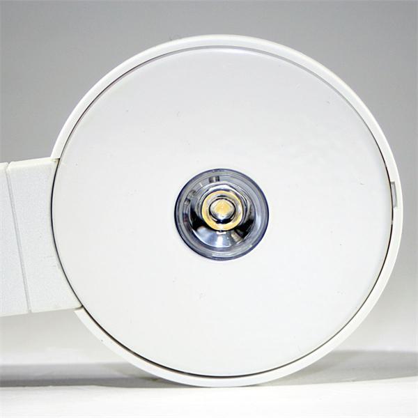 LED-Schrankbeleuchtung als idealer Ersatz für Halogenleuchten