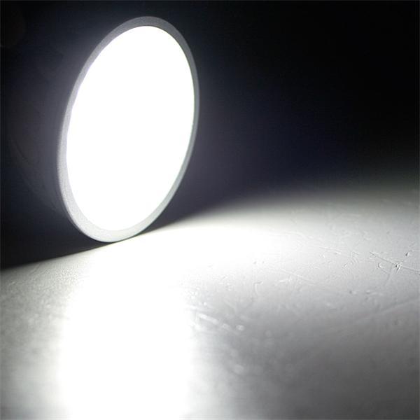 GU10 LED Spot mit sensationellen 400lm Lichtstrom vergleichbar mit 40-50W Halogenleuchtmittel