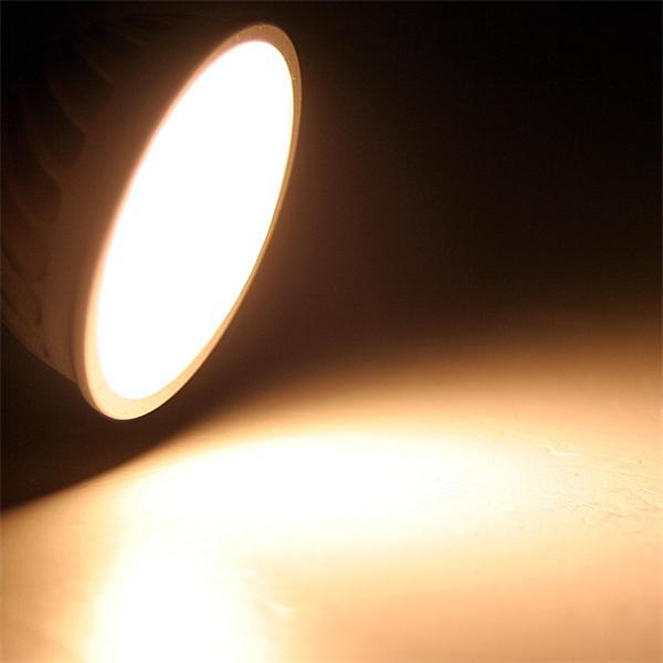 LED-Leuchtmittel mit starken 380lm Lichtstrom