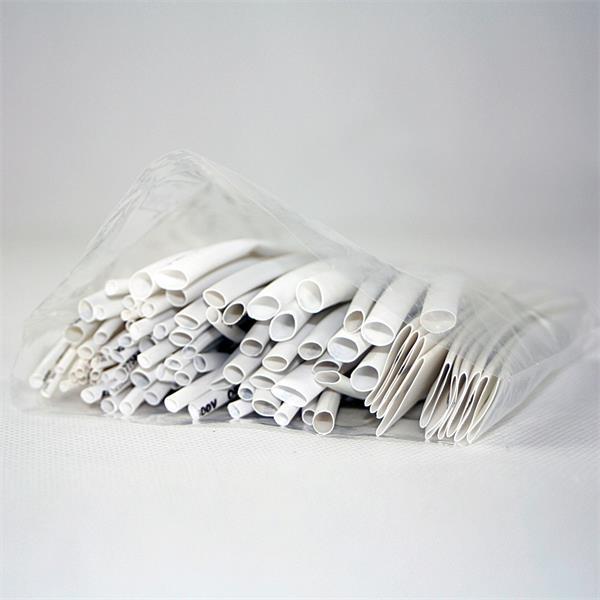 flexibler Kunststoffschlauch im transparenten Druckverschlussbeutel