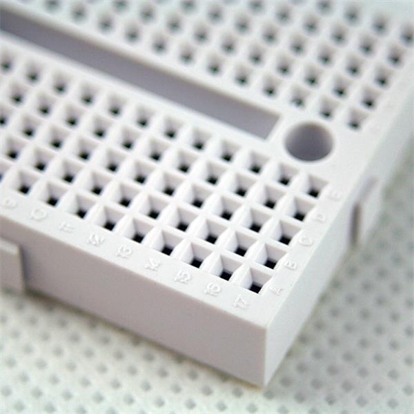 kleine Leiterplatte für experimentelle Aufbauten von Schaltungen