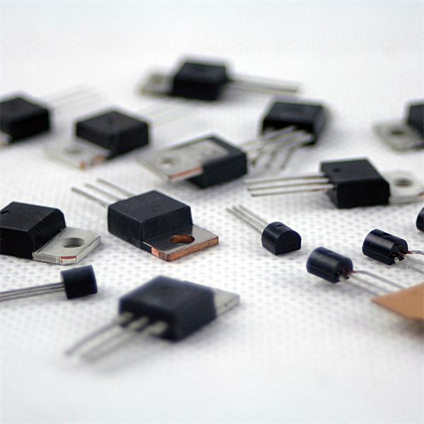 Symistor mit verschiedene Werte von bis zu 800V/16A