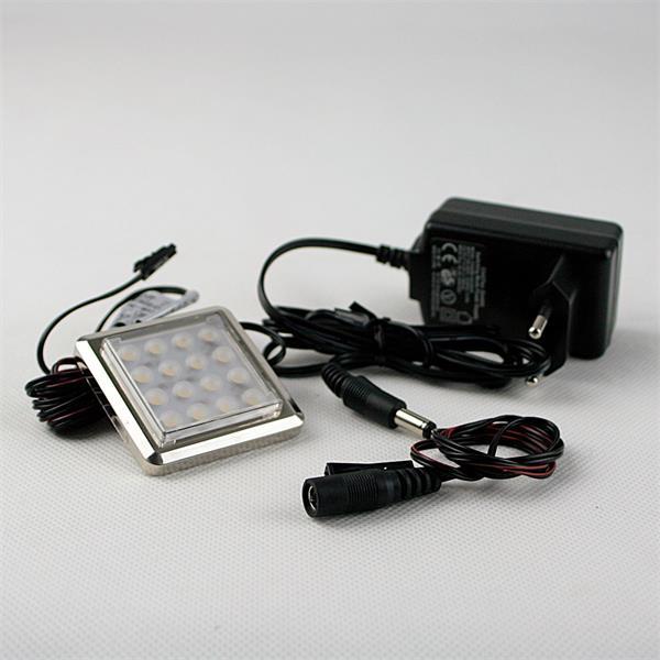 hocheffizientes LED-Leuchtmittel mit passenden Steckernetzteil