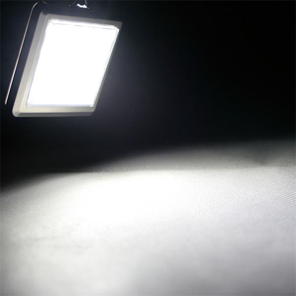 kaltweißes Licht eignet sich ideal für Geschäfte und Wohnbereiche