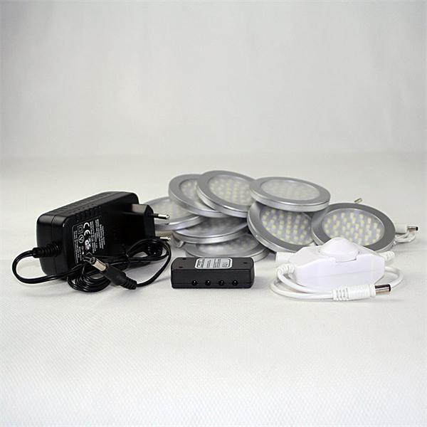 LED silberfarbige Aufbauleuchten mit umfangreichen Zubehör