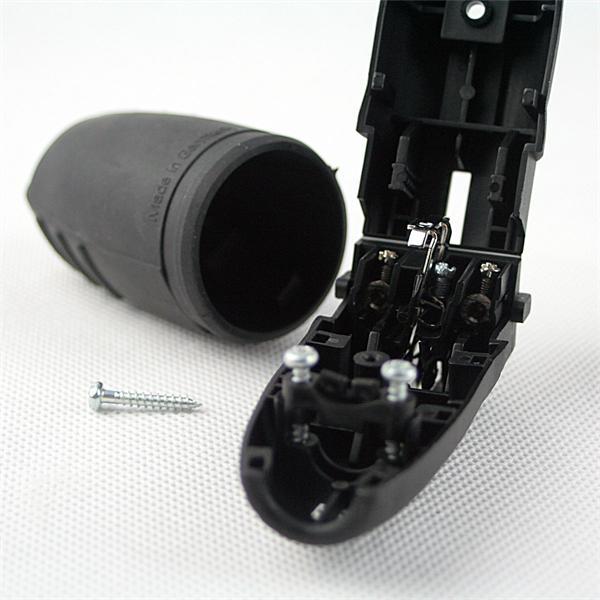 Schutzkontakt-Stecker mit Zugentlastung und Anschlussschrauben