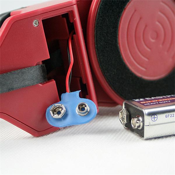 batteriebetriebener Leitungsfinder mit rutschfester Gummierung am Griff