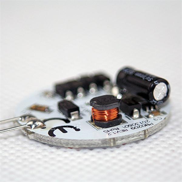 runde G4 Stiftsockel Led 12V hat einen Durchmesser von 30mm und vertikalem Anschluss