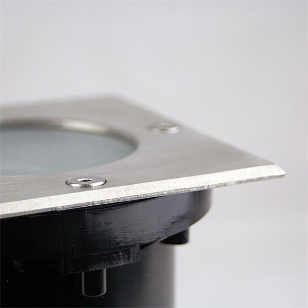 Bodeneinbauhülse mit Schutzklasse IP65 - schmutz- und wasserabweisend