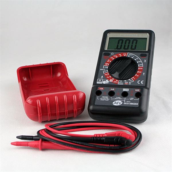 Messgerät inklusive Prüfkabelset für Messung von Spannung, Strom und Widerstand