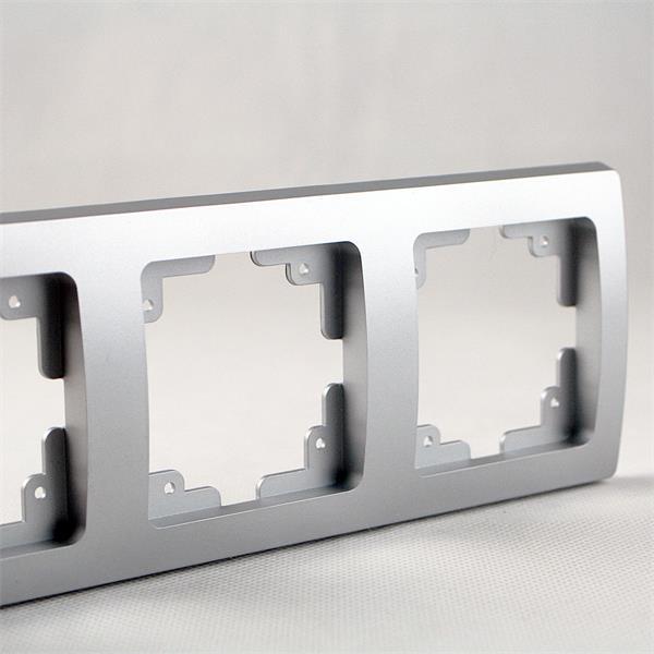 Rahmen 3-fach silber mit elegantem, kratzfestem Design