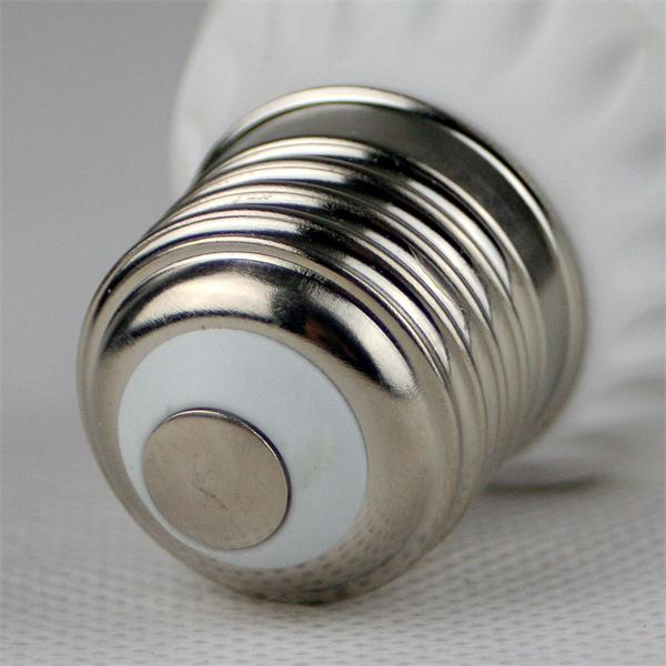 LED Glühbirne Sockel E27 für 230V mit nur ca. 5W Verbrauch