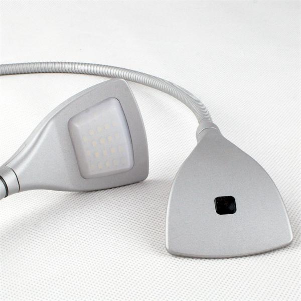 LED Bettleuchten mit schwenkbaren Lampenköpfen