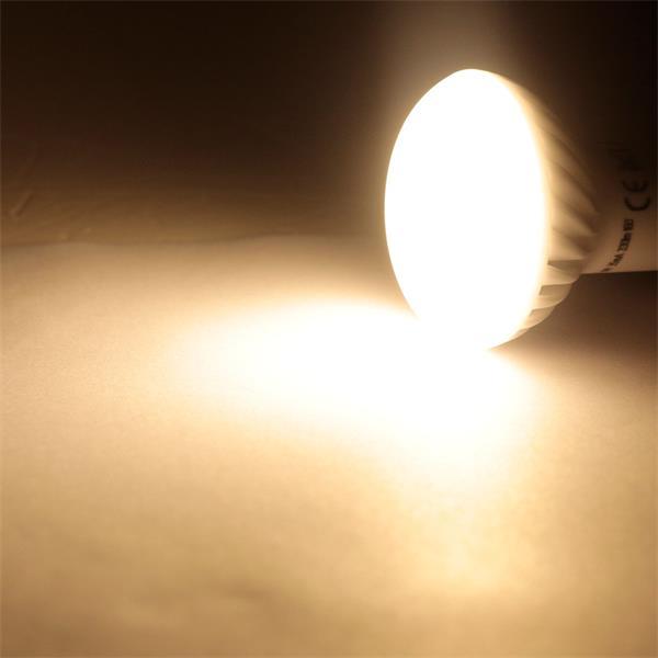 E14 LED Leuchtmittel mit 160° Abstrahlwinkel und 330lm Lichtstrom
