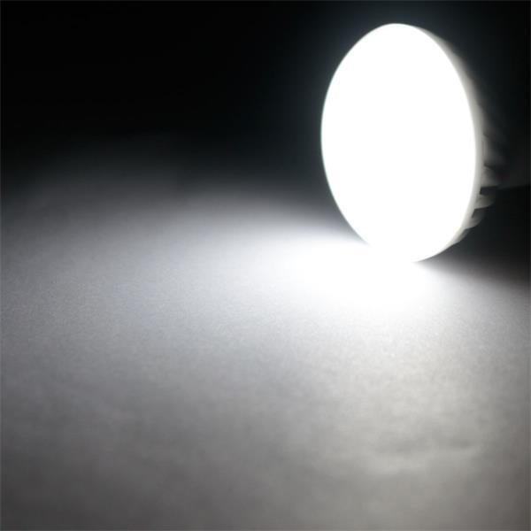 E14 LED Leuchtmittel mit 160° Abstrahlwinkel und 350lm Lichtstrom