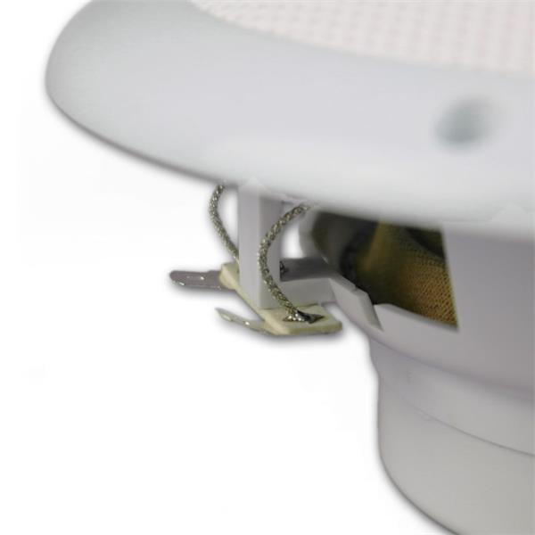 Einfacher Anschluss der Lautsprecher über Kabelschuhsockel