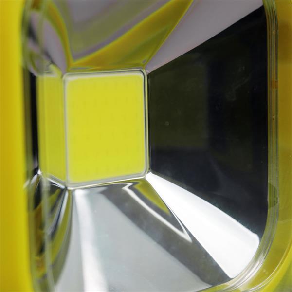 LED Strahler mit neutralweißen 20W Highpower LED Chip