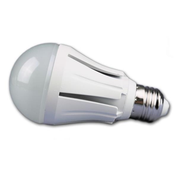LED Energiesparlampe mit dem Maß 59x118mm ist vergleichbar mit einer 60W Glühbirne