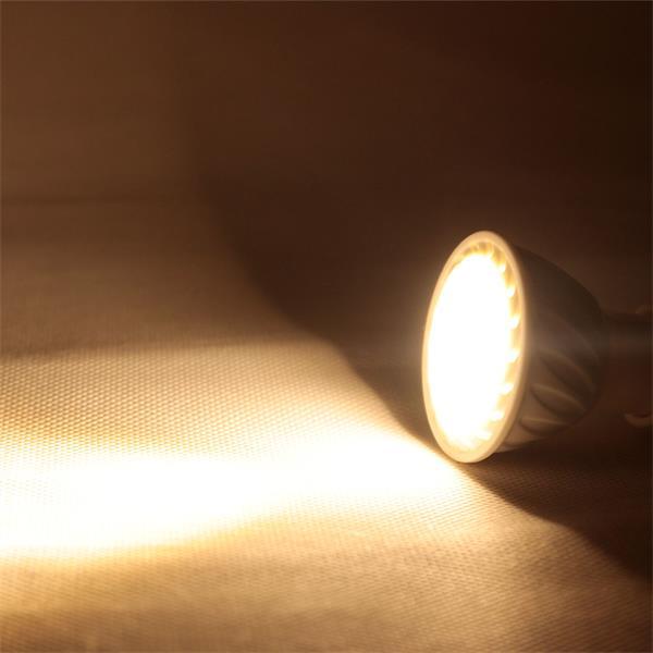 GU10 LED Spot mit unfassbaren 500lm Lichtstrom Alternative zu konventionellen 50W Strahlern