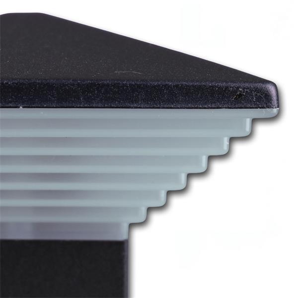 LED Außenleuchte im stylischen und modernen Design