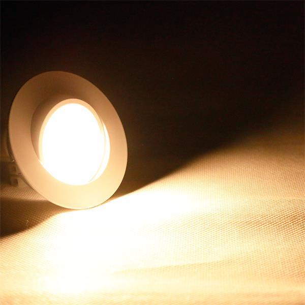 LED Einbauspot mit Lichtfarbe warm-weiß