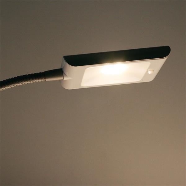 230V LED Tischlampe mit warm weißem Licht