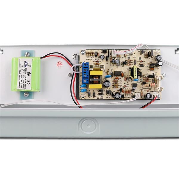LED Notleuchte mit IP65 für Deckenmontage