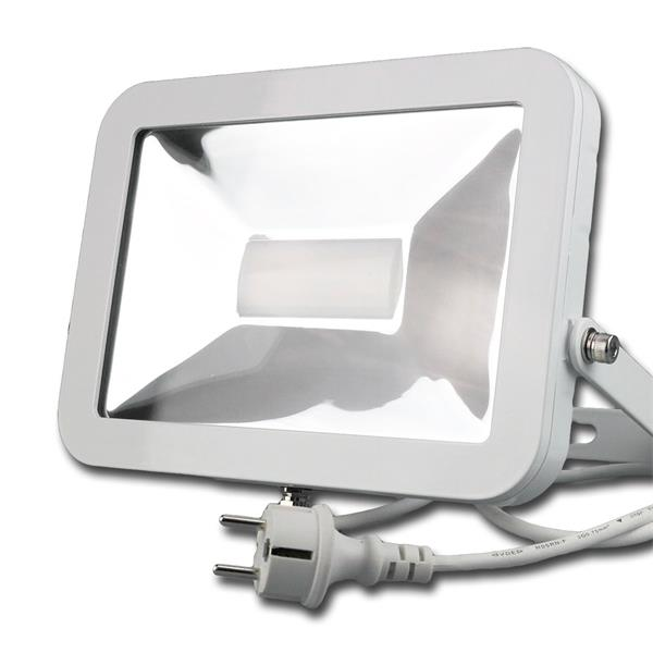LED Flächenstrahler hat ein formschönes weißes Metallgehäuse mit Schutzgrad IP44