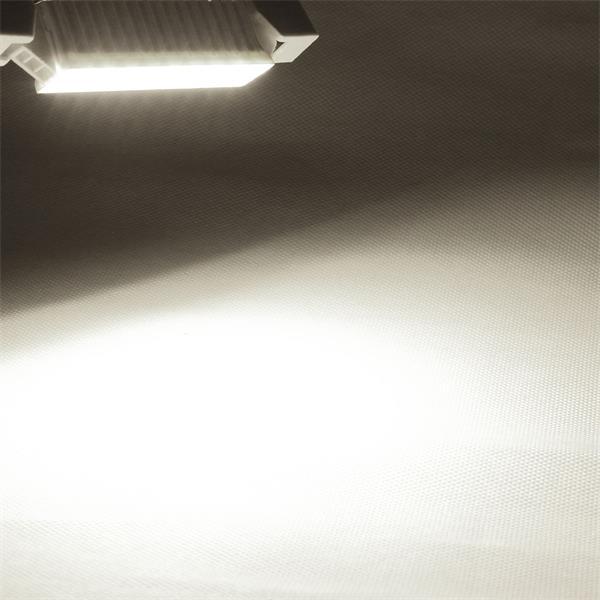 R7s LED Leuchtmittel mit starken 520lm Lichtstrom für Deckenfluter