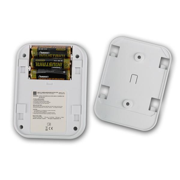 Kohlenmonoxid-Melder wird mit 3 AA Batterien betrieben