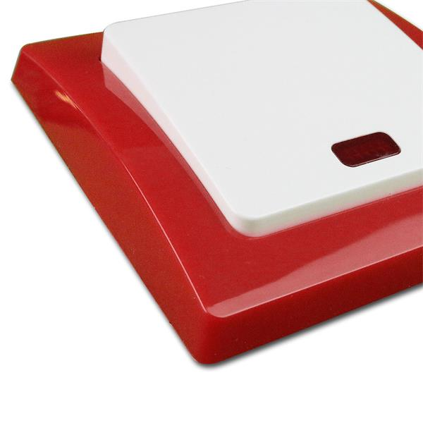Unterputmontage, wahlweise mit weißem oder roten Rahmen