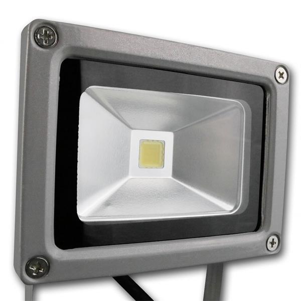 Abstrahlwinkel von bis zu 140° und Highpower 10W LED Chip
