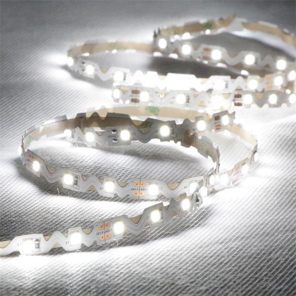 5m LED Stripe mit kalt-weißer Lichtfarbe mit gezackter Platine